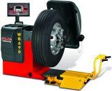 Sunkvežimių ir lengvųjų automobilių ratų balansavimo staklės skirtos 8-30″ ratams su išorine pločio matuokle M&B ENGINEERING (Italija) WB690