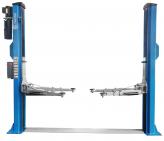 L-2-45E Elektro-hidraulinis dviejų kolonų keltuvas su elektromagnetiniais fiksatoriais su visomis keturiomis 3-jų pakopų letenomis ir dvigubos S kolonos konstrukcija (8-ių lenkimų) trifaziai arba vienfaziai